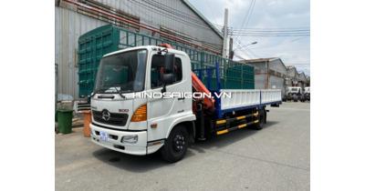 Hino FC lắp cẩu gập Sany Palfinger sức nâng 3,2 tấn
