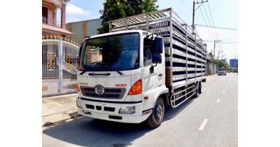 Hino FC9JLTC chở gia cầm tải trọng 5.1 tấn