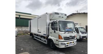 Hino FC9JLTC thùng đông lạnh tải 6 tấn