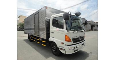 Hino FC9JLTC thùng kín tải trọng 6,4 tấn