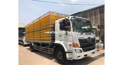 Hino FG8JP7A chở gia cầm 308 lồng tải 6,5 tấn