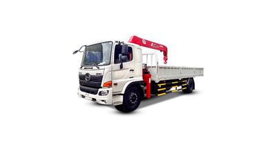 Hino FG8JP7A gắn cẩu unic URV550 tải trọng 6.7 tấn
