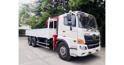 Hino FL8JT7A-K gắn cẩu unic URV344 tải trọng 14 tấn