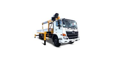 Hino FL8JW7A gắn cẩu soosan SCS746L tải trọng 10.4 tấn