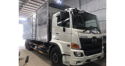 Hino FL8JW7A thùng kín tải trọng 15 tấn