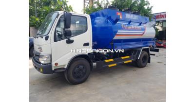 Hino WU342L chở bồn xăng dầu 6 khối