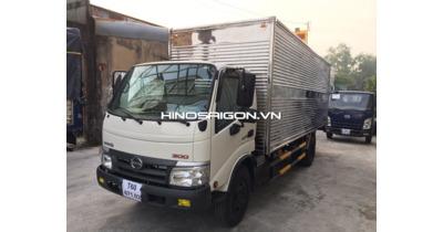 Hino WU342L Thùng kín inox 430 tải trọng 4,9 tấn