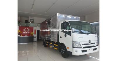 Hino XZU720L New 2021 thùng kín tải trọng 3,5 tấn