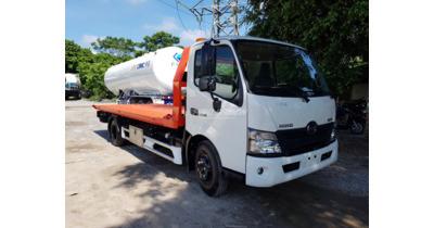 Hino XZU730L cứu hộ kéo chở xe tải trọng 3 tấn