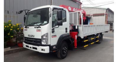 Isuzu FRR90N gắn cẩu unic URV340 tải trọng 5 tấn