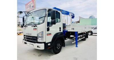 Isuzu FRR90NE4 gắn cẩu Tanado ZE304 tải trọng 5 tấn