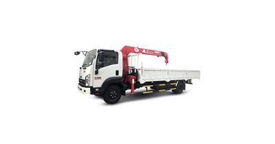 Isuzu FRR90NE4 gắn cẩu unic URV375 tải trọng 5 tấn