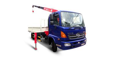 Hino FC9JLTA gắn cẩu unic URV344 tải trọng 5 tấn